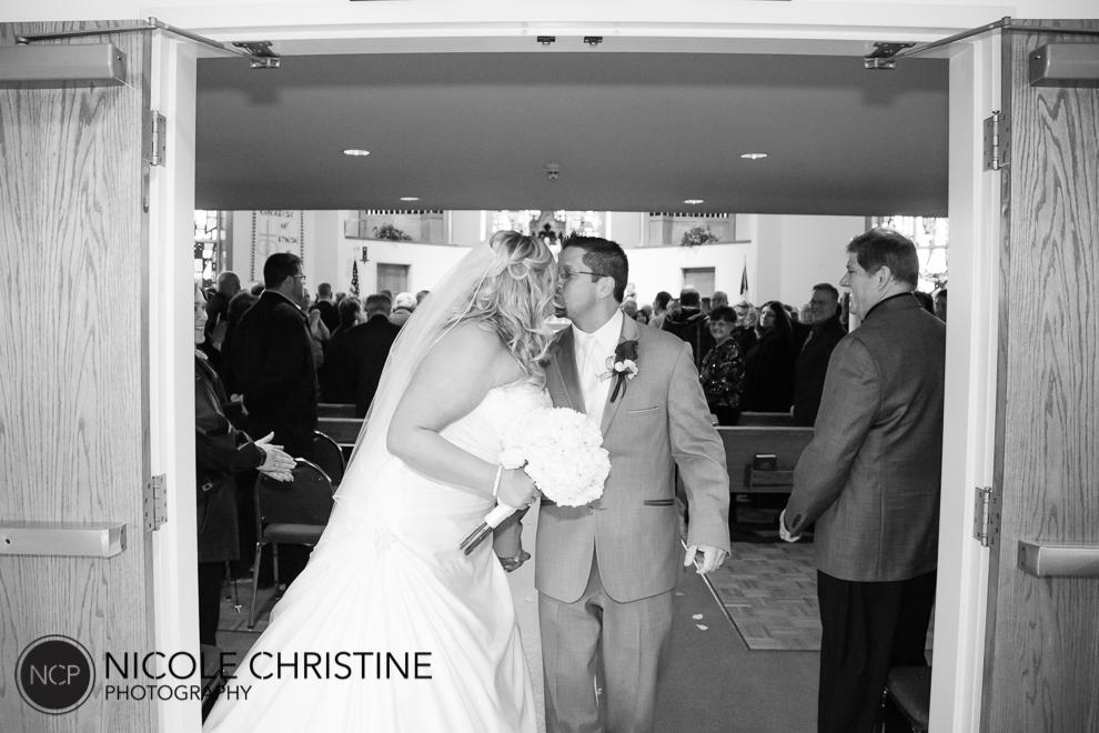 best chicago wedding photographer church-14