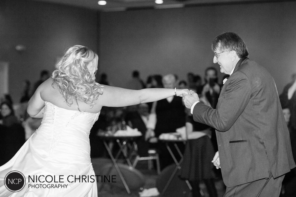 best chicago wedding photographer dance-2