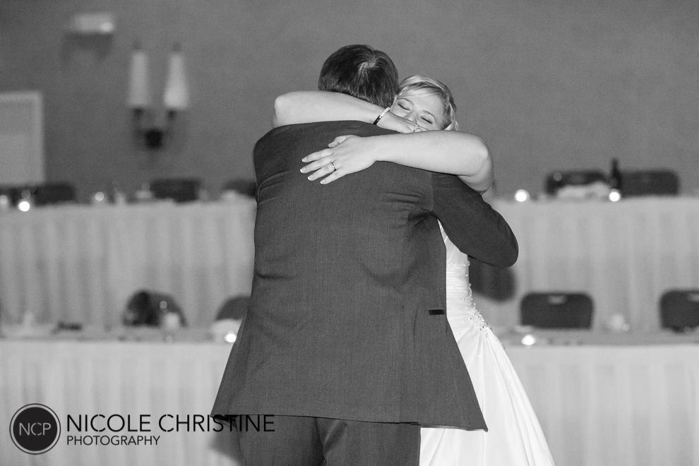 best chicago wedding photographer dance-4