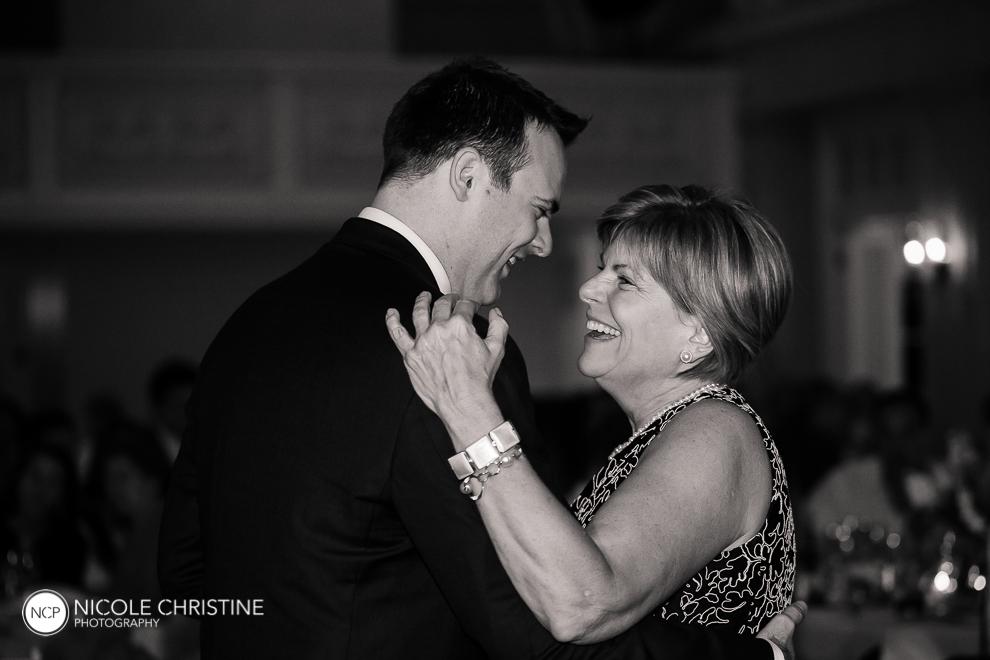 dance best chicago wedding photographer-3