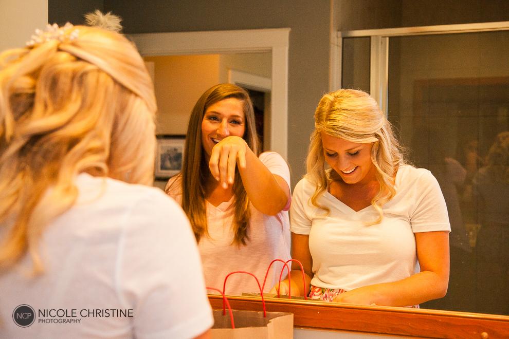 girls getting ready_-5
