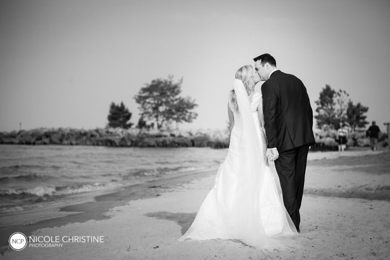posed best chicago wedding photographer-38