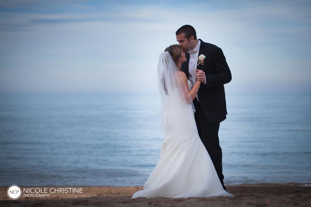 GBeach best chicago wedding photographer-9