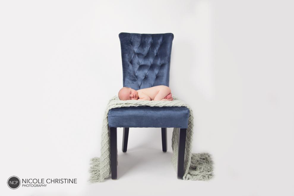 Best Schaumburg Newborn Photographer