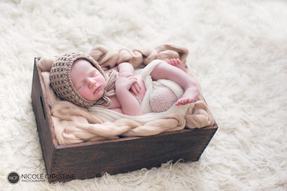 Lucas Best Chicago Newborn Photographer-11
