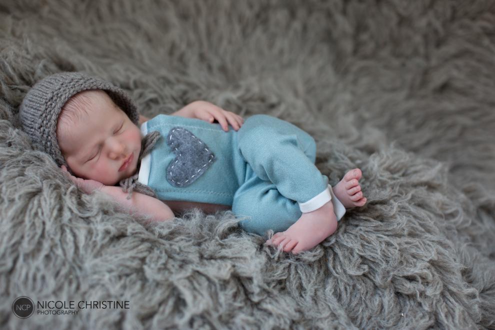 Lucas Best Chicago Newborn Photographer-18