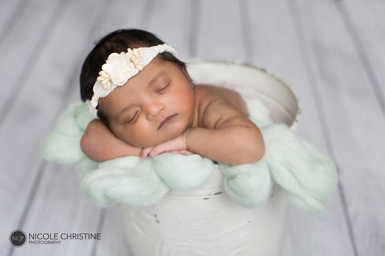 Award Winning Roselle Newborn Photographer-5
