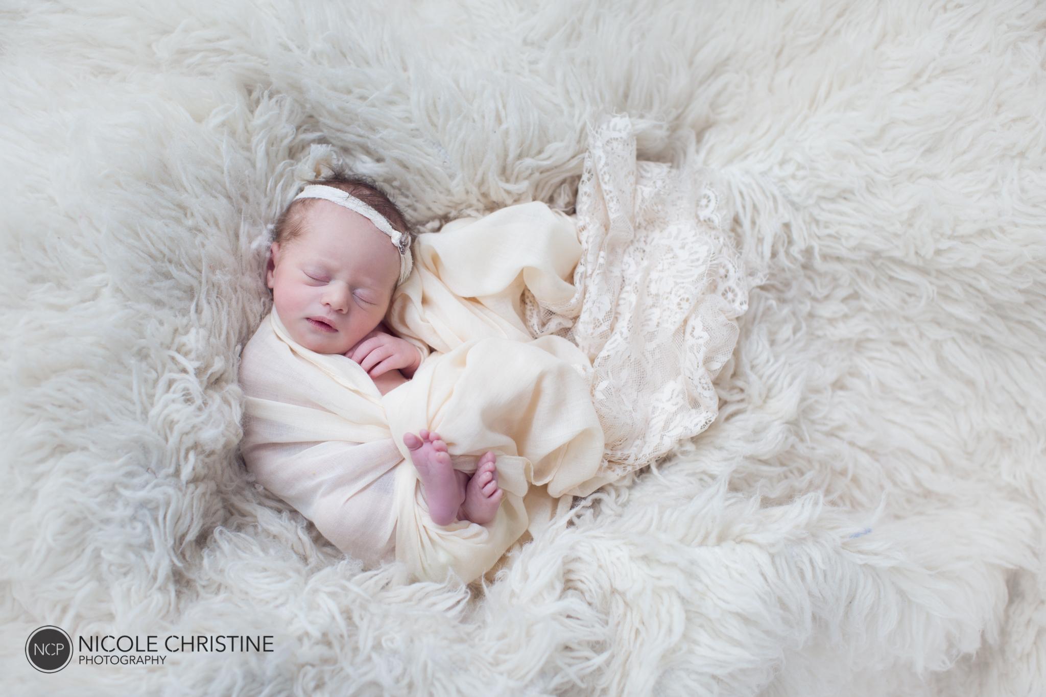 Charlie Best Chicago Newborn Photographer-10