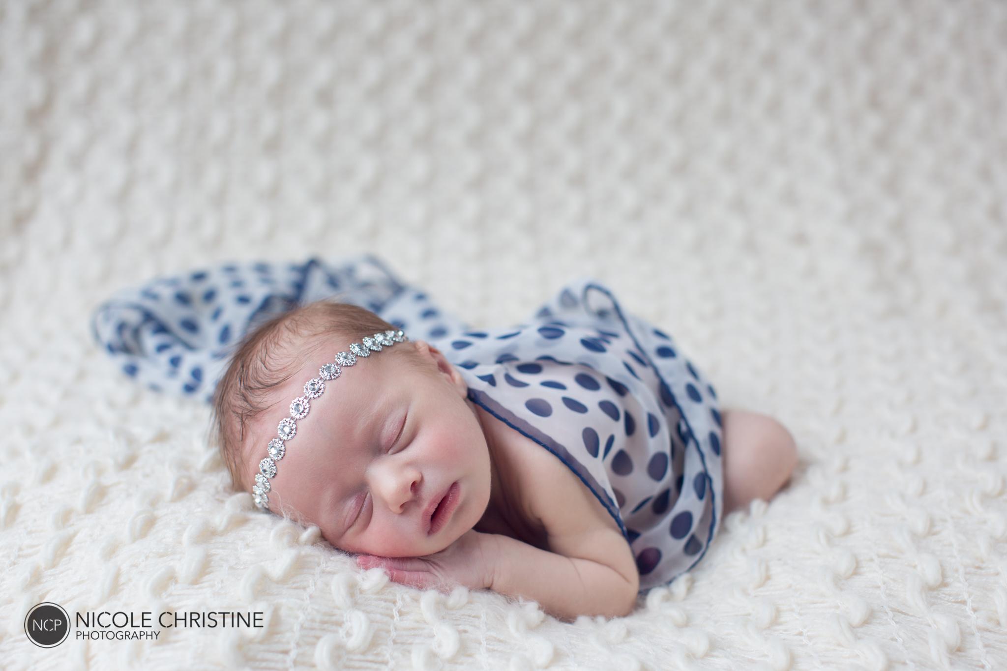 Charlie Best Chicago Newborn Photographer-9