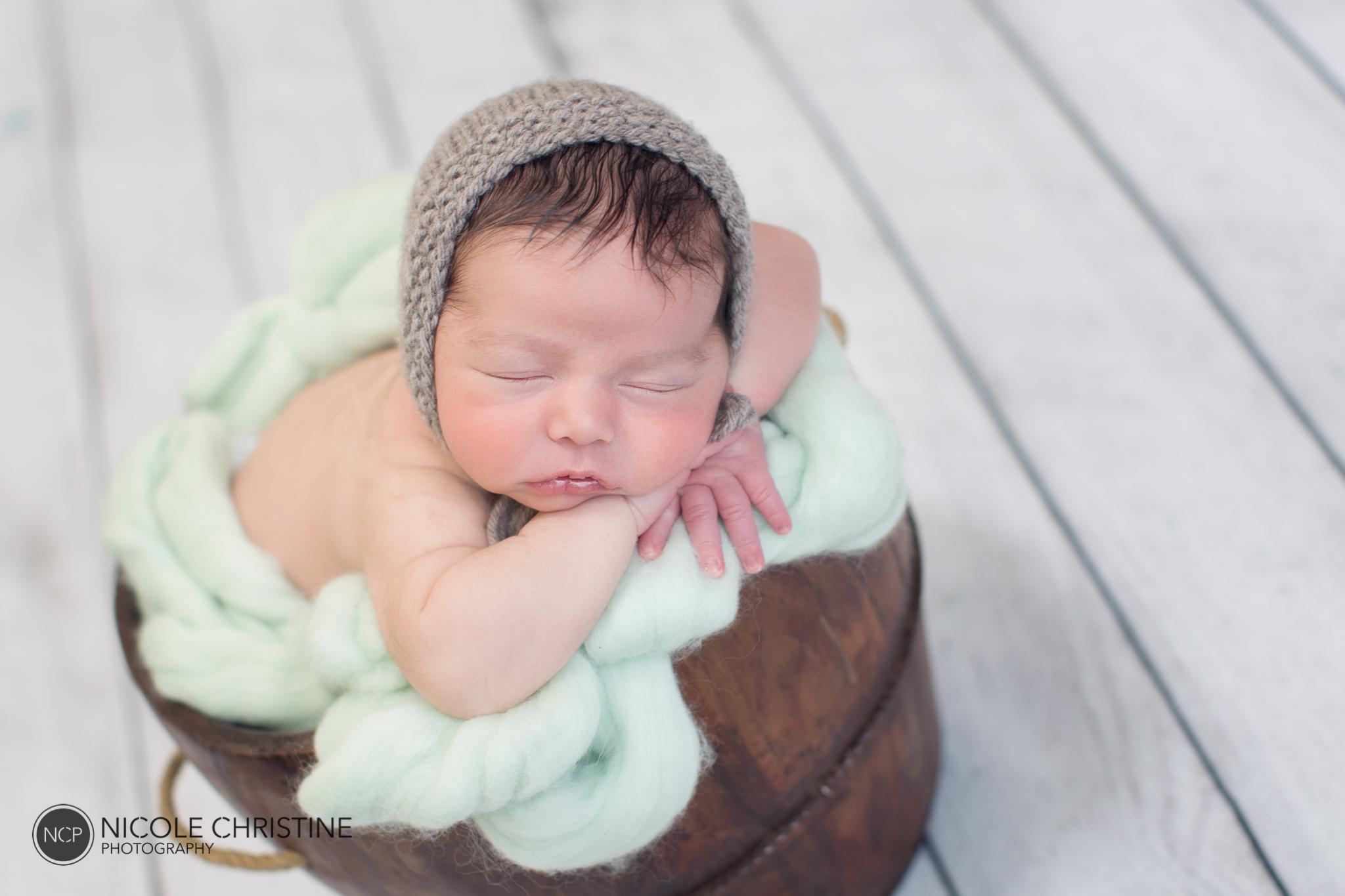 Easton Best Chicago Newborn Photos-12