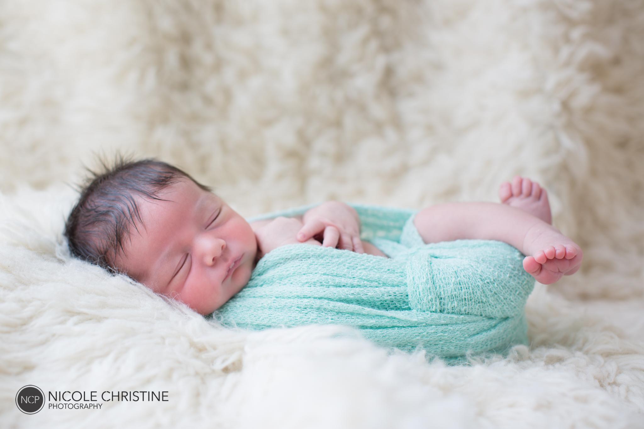 Easton Best Chicago Newborn Photos-7