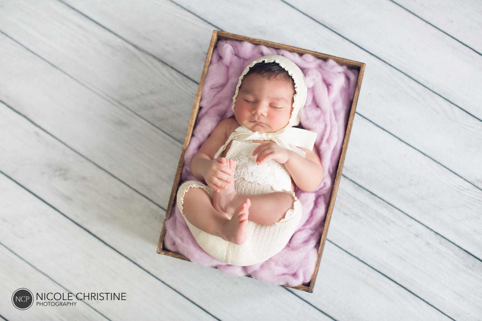Eva Best Roselle Newborn Photographer-10