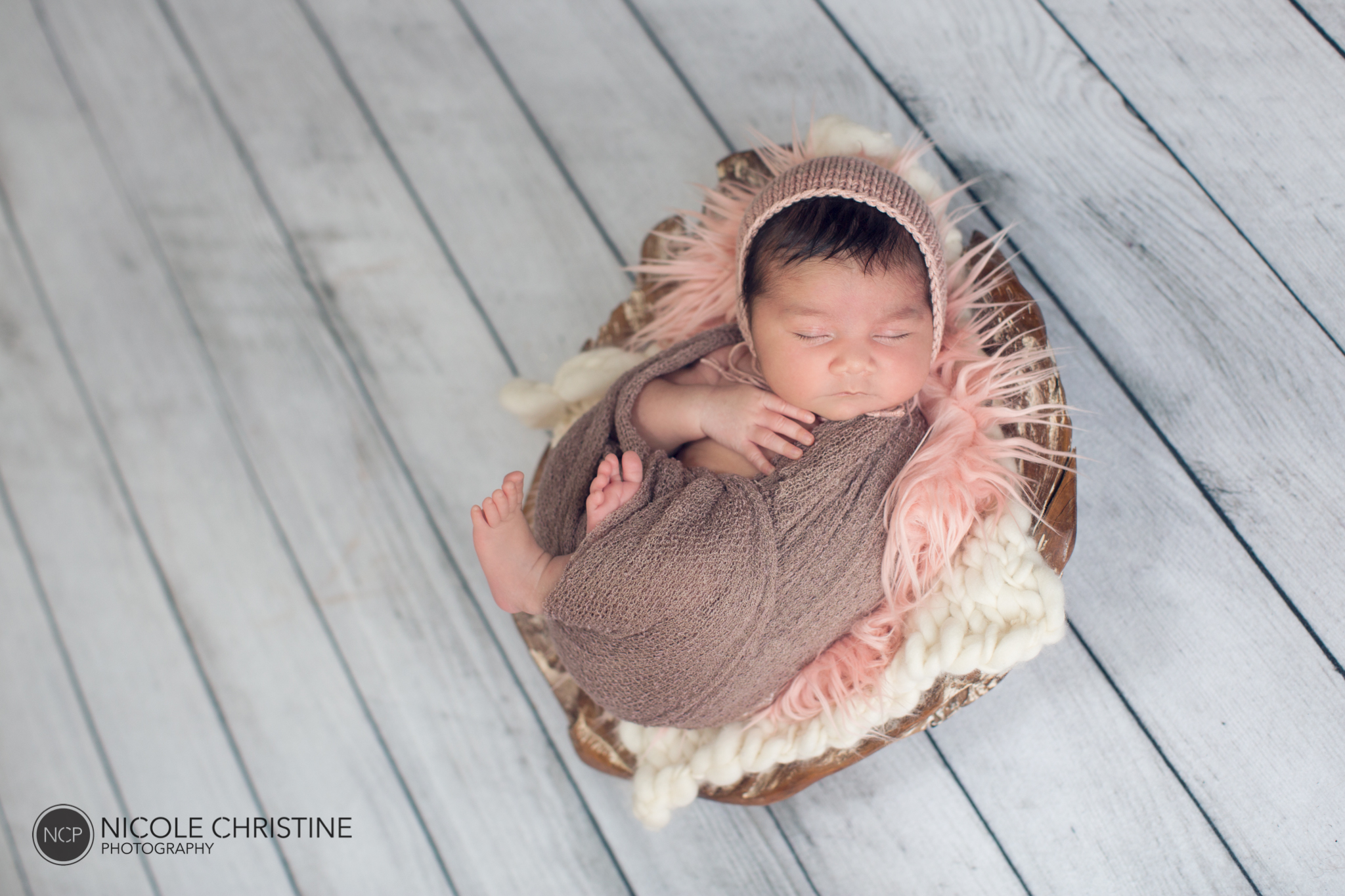 Eva Best Roselle Newborn Photographer-8