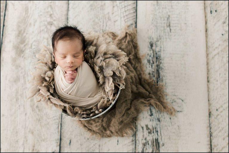 best chicago newborn photographer